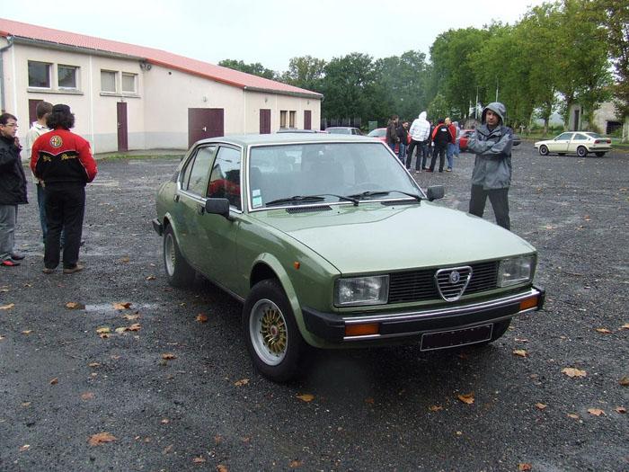 Gatouille son Alfetta Berline 2000 de 1979 - Page 7 10_09_rA173